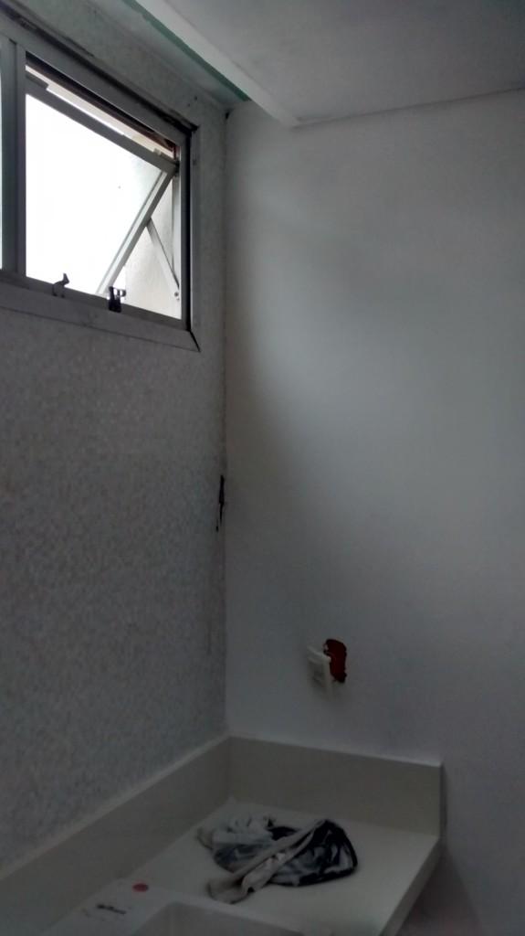 Forro com cortineiro em banheiro, Cambuí